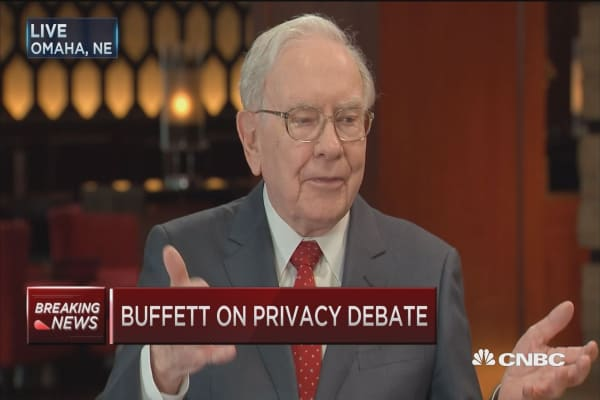 Buffett on Apple's DOJ battle