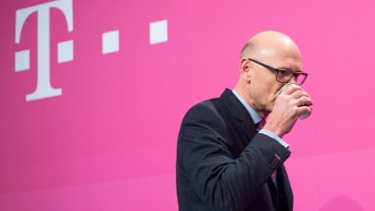 Timotheus Hoettges, CEO of German telecommunications giant Deutsche Telekom, arrives for his company's annual press conference to present the 2015 business report on February 25, 2016 in Bonn, western Germany.