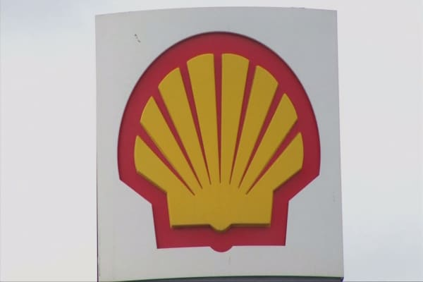 Shell faces lawsuit over Nigeria oil spills