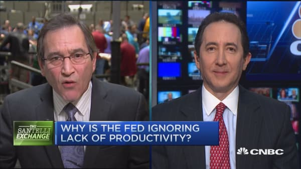 Santelli Exchange: Job growth not delivering economic growth?