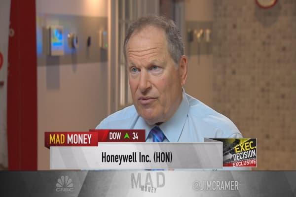 Honeywell CEO: We will not go hostile with UTX