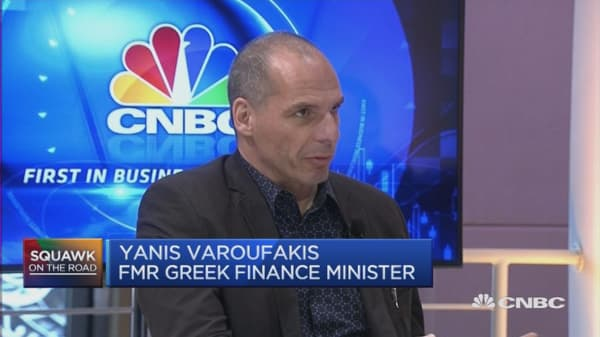 Varoufakis speaks on the migrant crisis