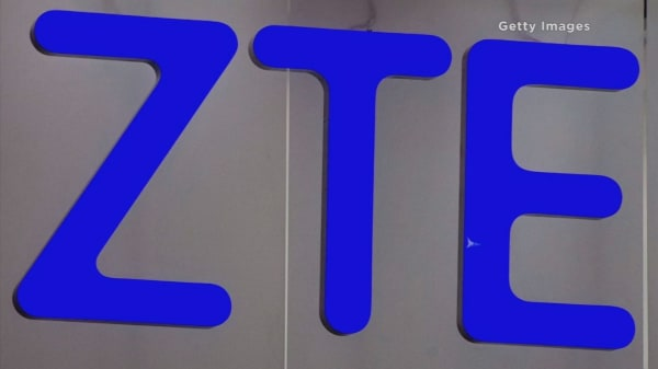 US to place restrictions on China's ZTE