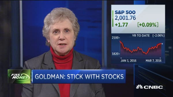 Goldman: Stick with stocks