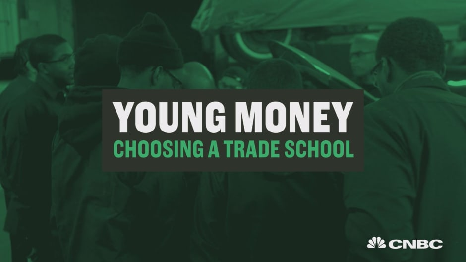Trade school vs. college: here's what to know