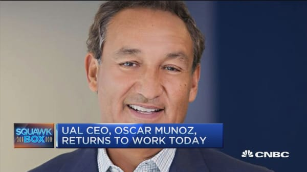 United CEO Munoz returns to work