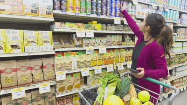 Food brands work to outmaneuver start-ups
