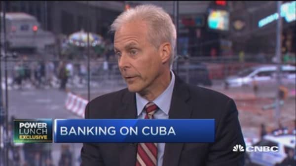 Stonegate Bank bets on Cuba