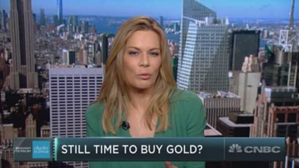 Gold tracks for best quarter since 1986