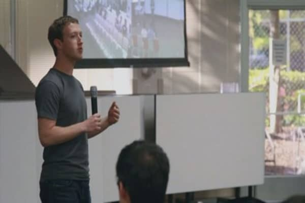 Mark Zuckerberg meets with China's propaganda chief