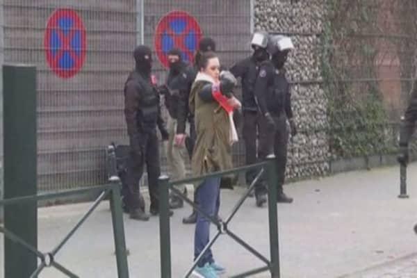 Officials identify new Paris attacks suspect