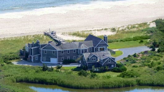 1145 Sagg Main Street, a Hamptons property listed by Bespoke Real Estate