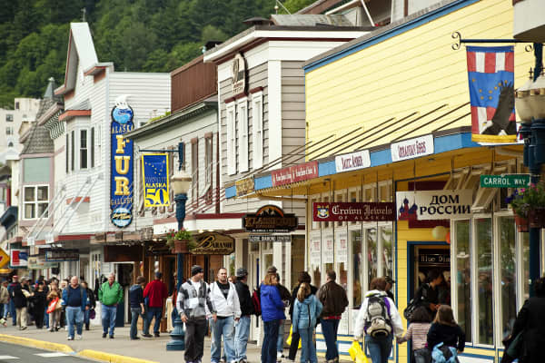 Downtown tourist shopping in Juneau, Alaska