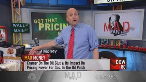 Cramer: Apple pricing power stronger than ever