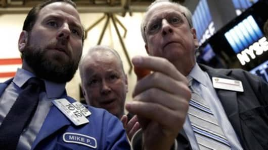 Wall Street seeks winning conclusion to first quarter