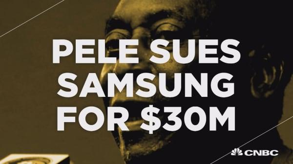 Pelé sues Samsung