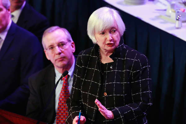 U.S. Federal Reserve chair Janet Yellen (R) speaking to the Economic Club of New York in New York March 29, 2016.