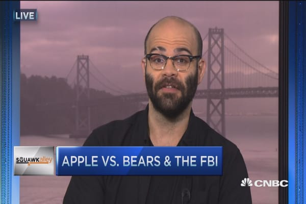 Apple vs. bears & the FBI