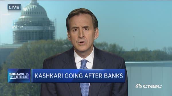 Big banks 'easy punching bag': Gov. Pawlenty