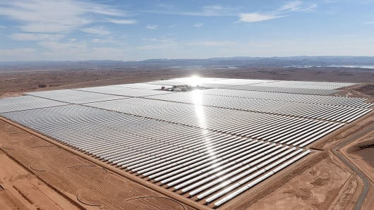 An aerial view of the solar mirrors at the Noor 1 Concentrated Solar Power (CSP) plant, some 20km outside the central Moroccan town of Ouarzazate, on February 4, 2016.