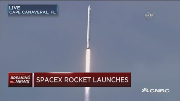 SpaceX rocket launches
