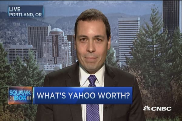'Dumb buyer' for Yahoo?