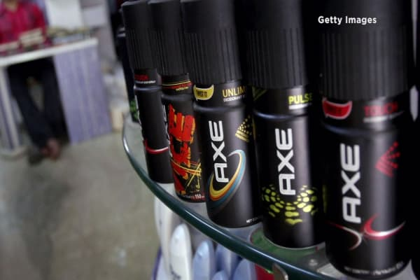 Redditor accuse Axe of stealing material for ad