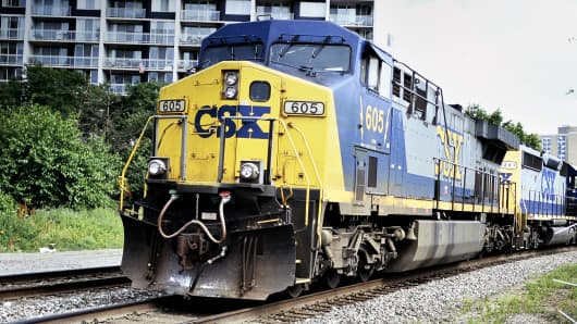 CSX freight lines run through center city Philadelphia