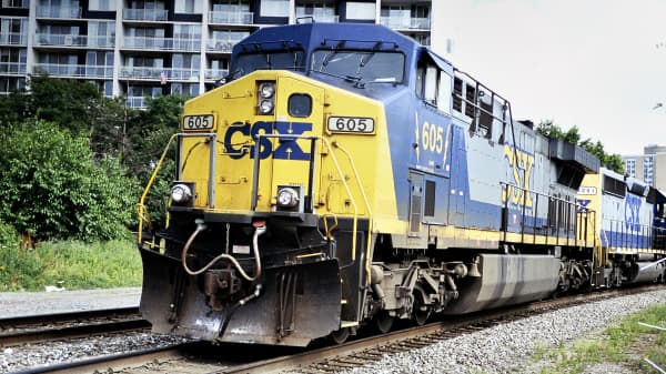 CSX freight lines run through center city Philadelphia