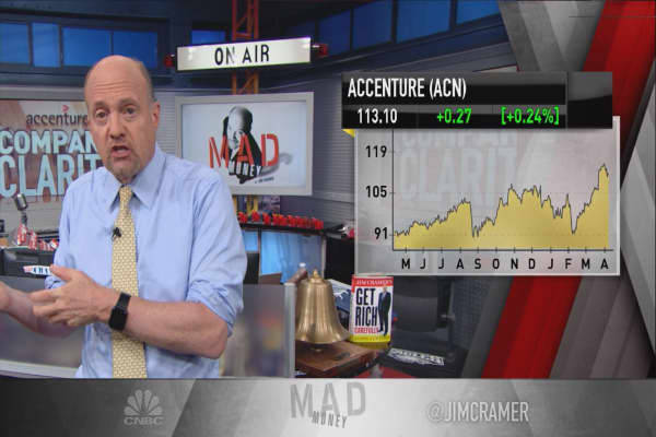 Cramer: The secret to Accenture's sauce