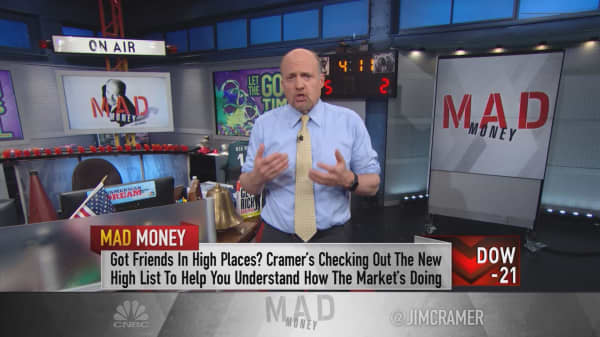 Cramer: Signs an earnings explosion is coming