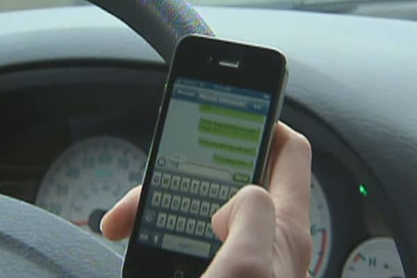 Introducing the 'Textalyzer' to stop distracted driving