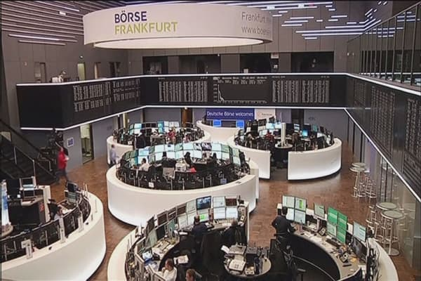 Fund managers steering away from Europe, Japan