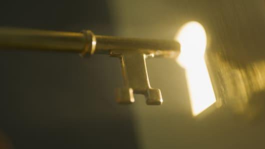 Key unlocking door, breakout