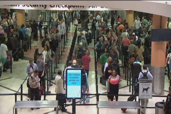 More critics blaming TSA for missed flights