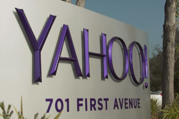 Eye on Yahoo earnings report