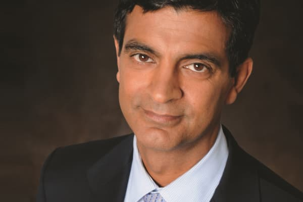 Sandeep Mathrani, CEO of General Growth Properties.