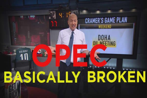 Cramer Remix: Forget it, OPEC is broken