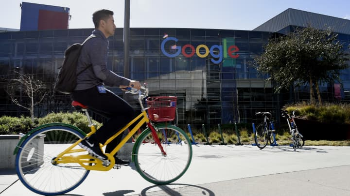 How much Google, Facebook, other tech giants pay software