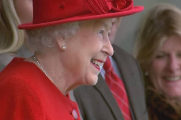 Queen Elizabeth seeking royal tweeter