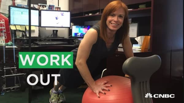 Deskercise or die! The business of office workouts