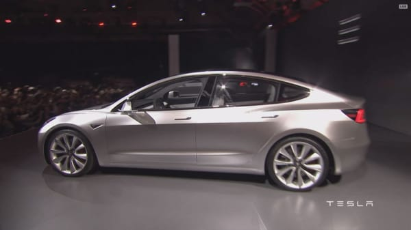 Tesla receives 400K orders for Model 3