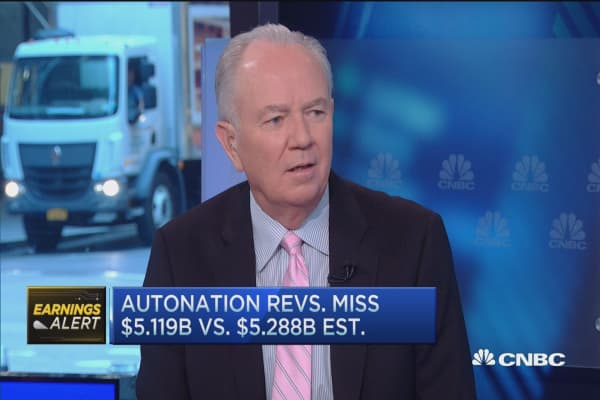 AutoNation reports mixed results: CEO