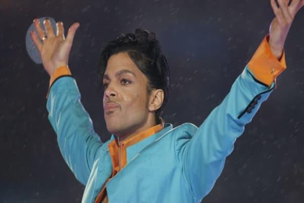 Prince album sales spike on Amazon, Apple iTunes