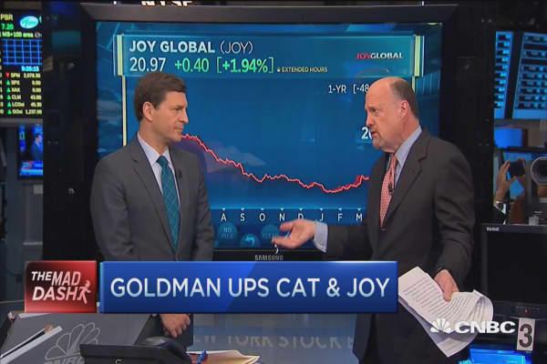 Cramer's Mad Dash: Goldman upgrades CAT & JOY