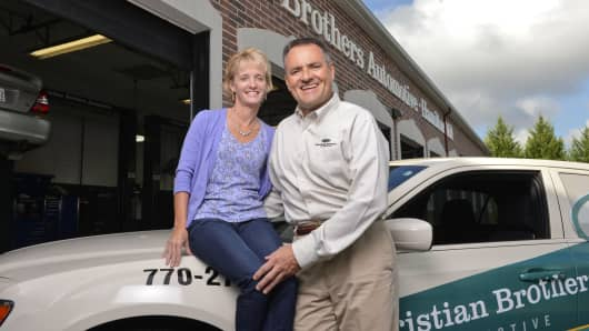 Brian and Nola Klaubert left promising tech jobs in 2000 to bet on this auto repair and service franchise.