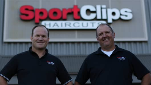 sports clips haircuts locations sport 5746 | 103577321 Sports Clips Jared Lee and Val Hill.530x298