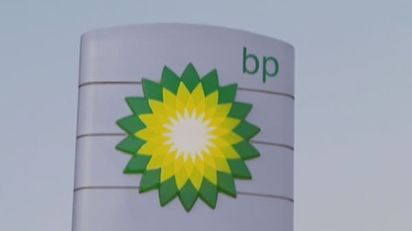 BP reports first-quarter pretax loss of $865M