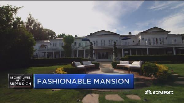 Fashionable mansion