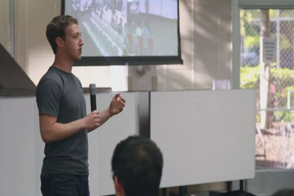 Zuckerberg wants to tackle global problems